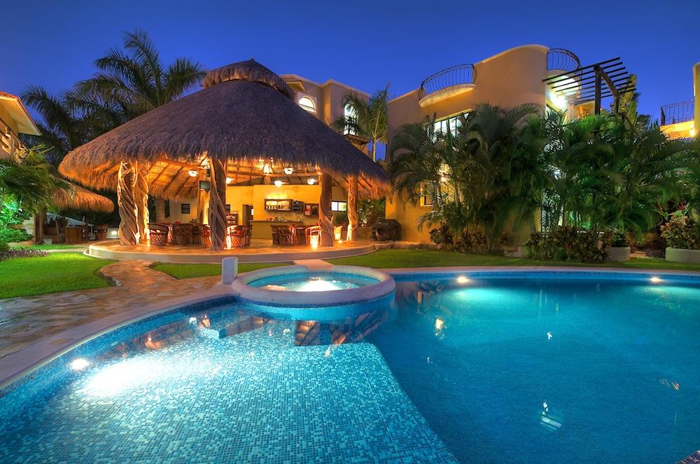 An elegant and private resort las palmas villas and casitas for Hotel villas las palmas texcoco
